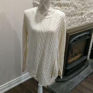 NWT Ivanka Trump cable knit sweater